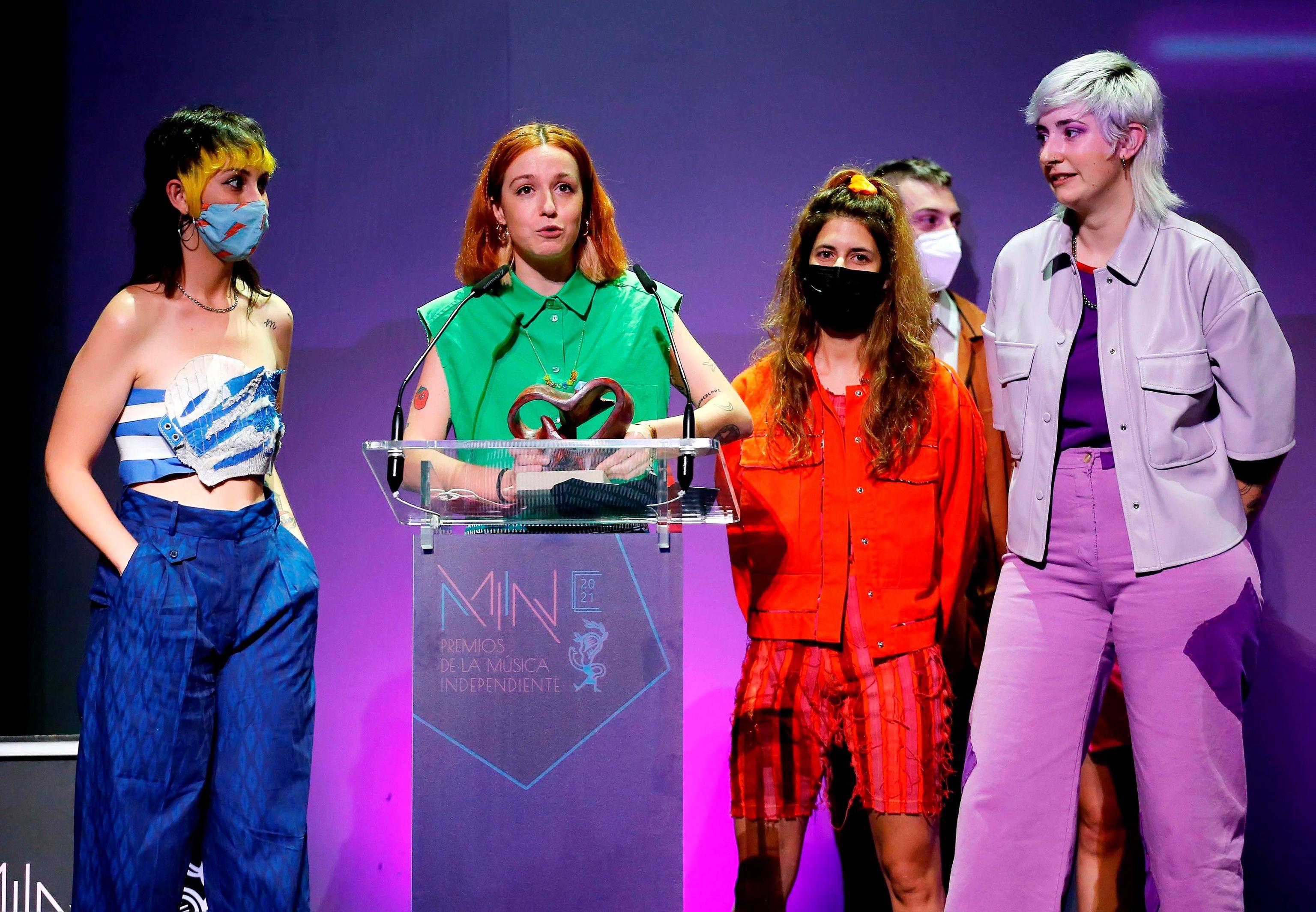 Ginebras, premio al mejor álbum de pop.