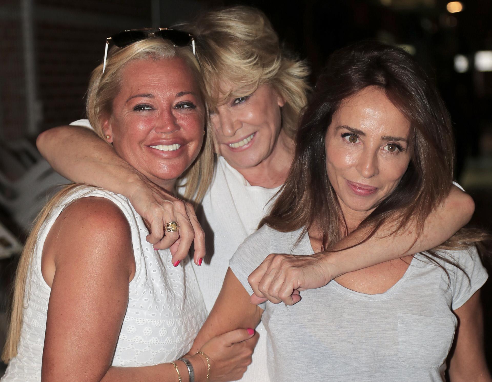 Con Belén Esteban y María Patiño.