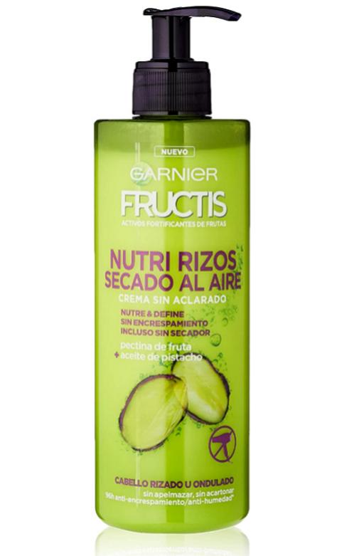 Los cortes de pelo más cómodos del verano, de lavar y listo: Para realzar los rizos: Crema Fructis Nutri Rizos Secado al Aire de Garnier.