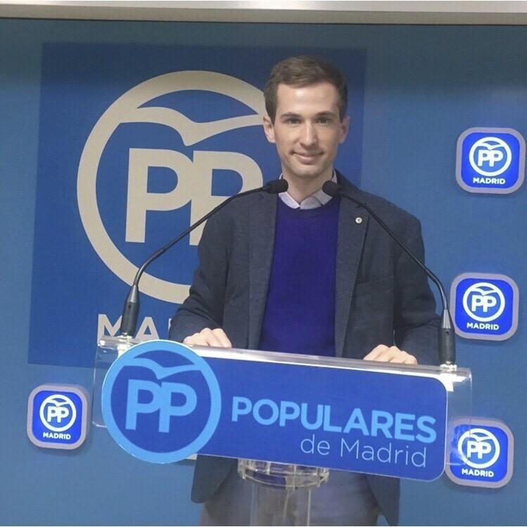 Estanis en un acto del PP de Madrid