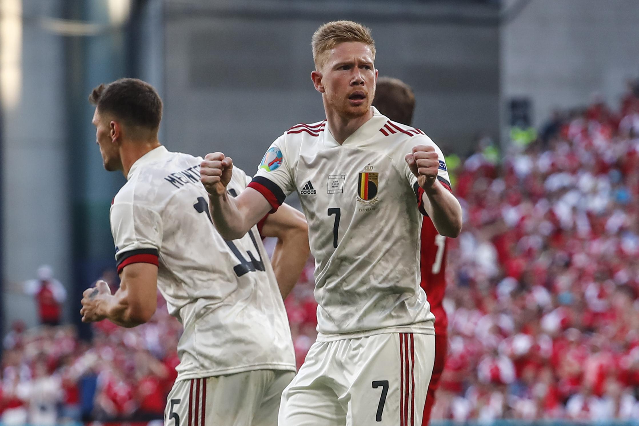 La tímida celebración de De Bruyne tras marcar ante Dinamarca.
