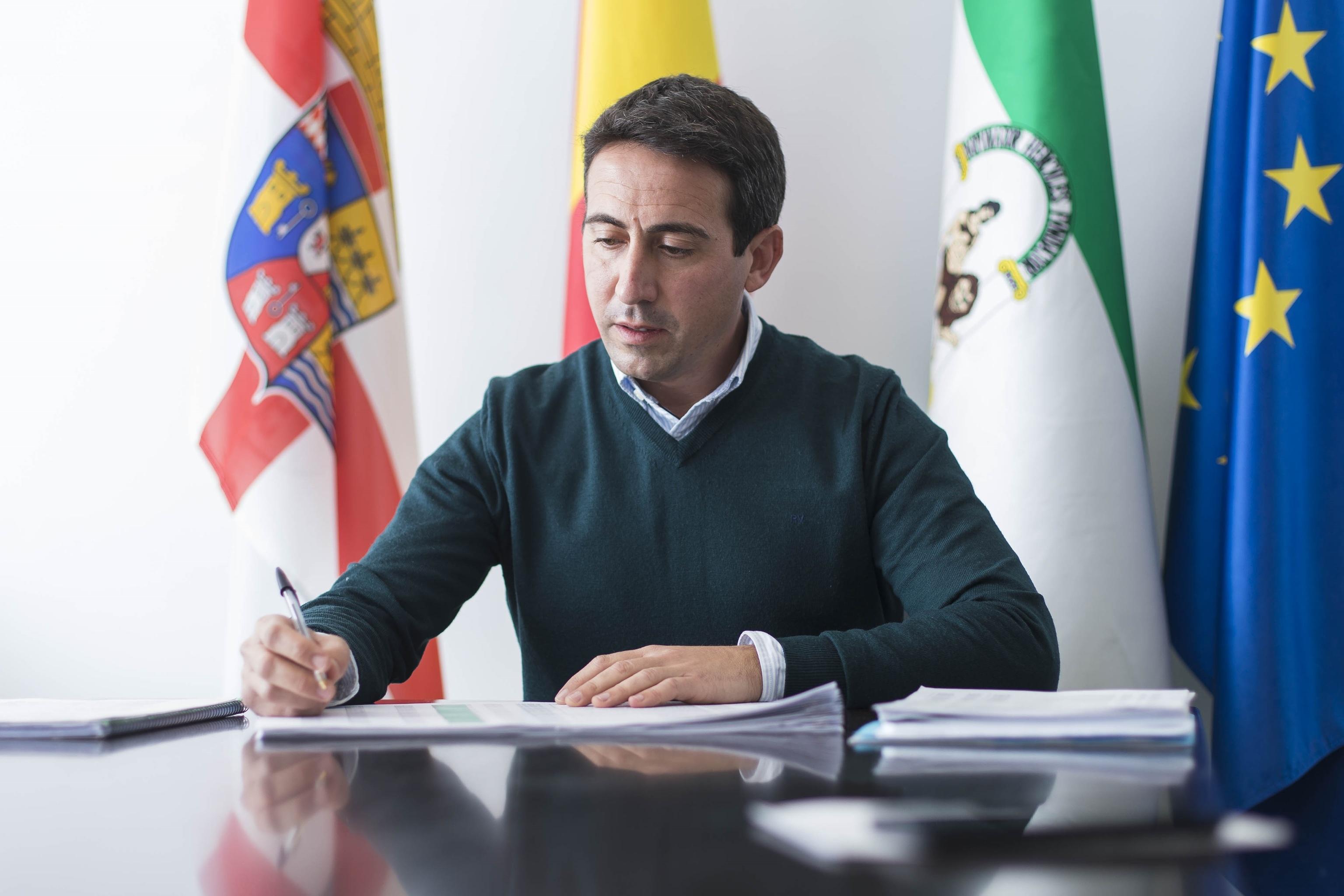 El ex vicepresidente tercero de la Diputación de Almería, Óscar Liria, en un acto oficial.