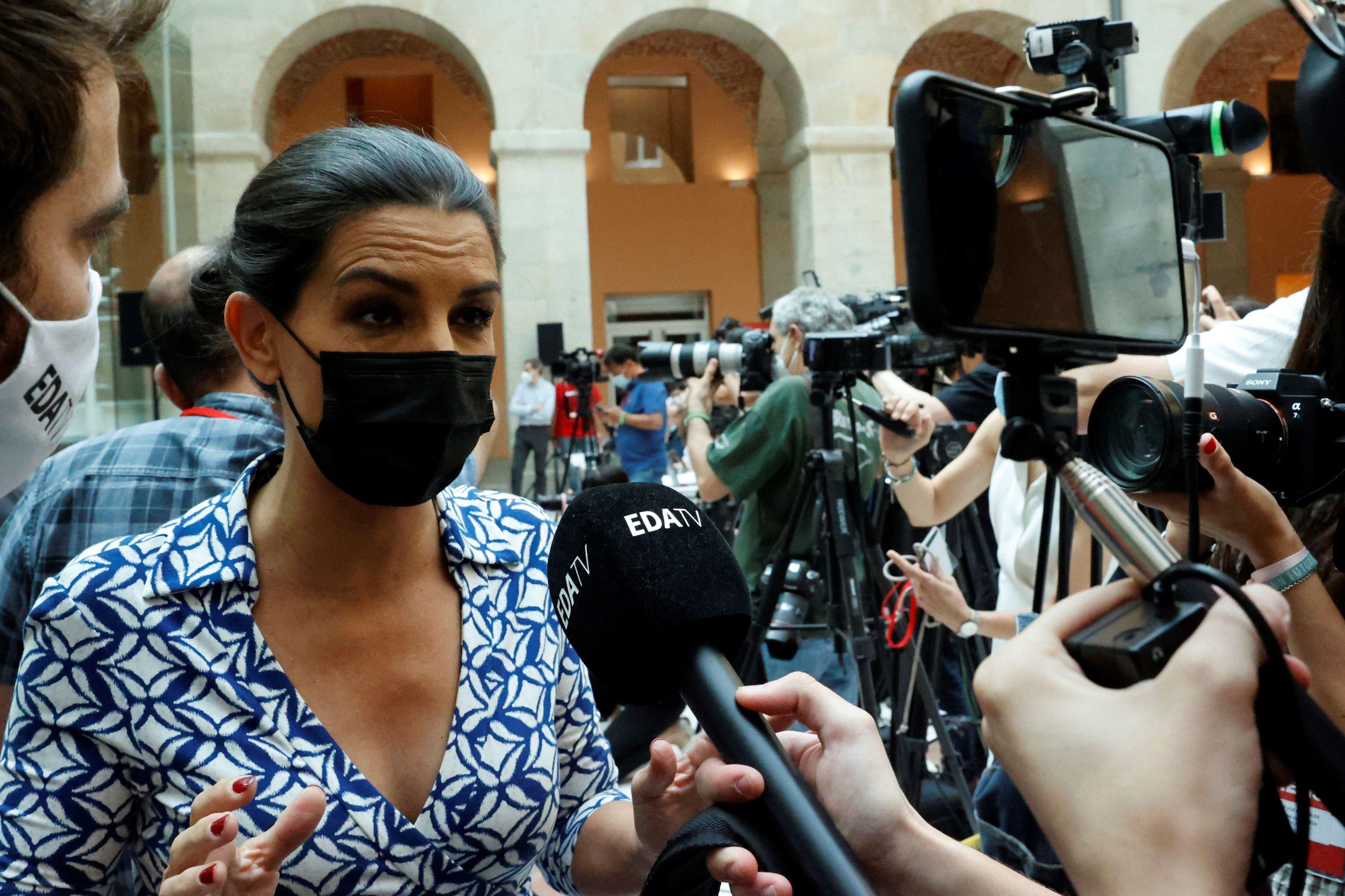 Rocío Monasterio, en la toma de posesión de Ayuso, este sábado.