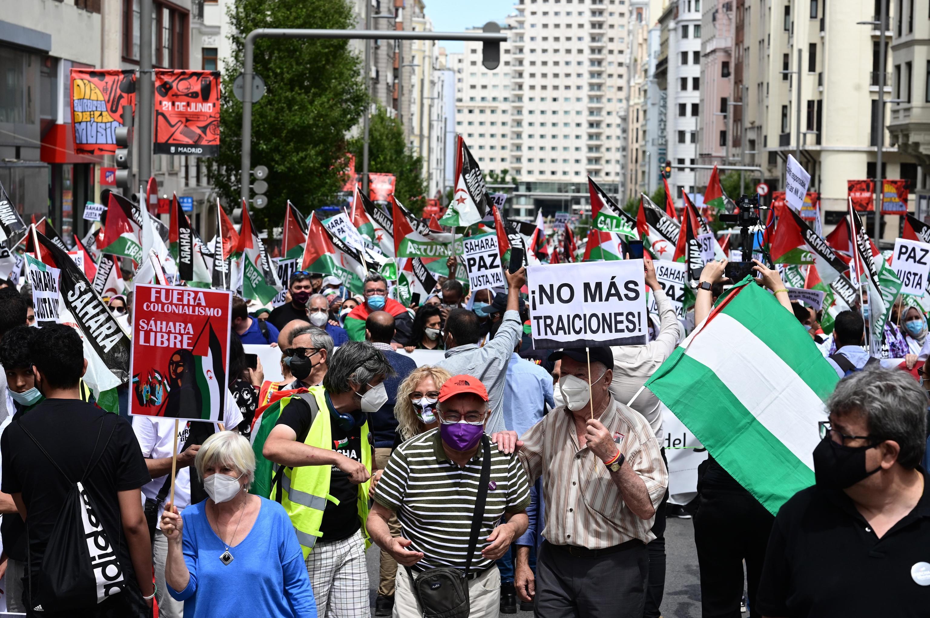 Participantes en la marcha en apoyo del pueblo saharaui en Madrid.