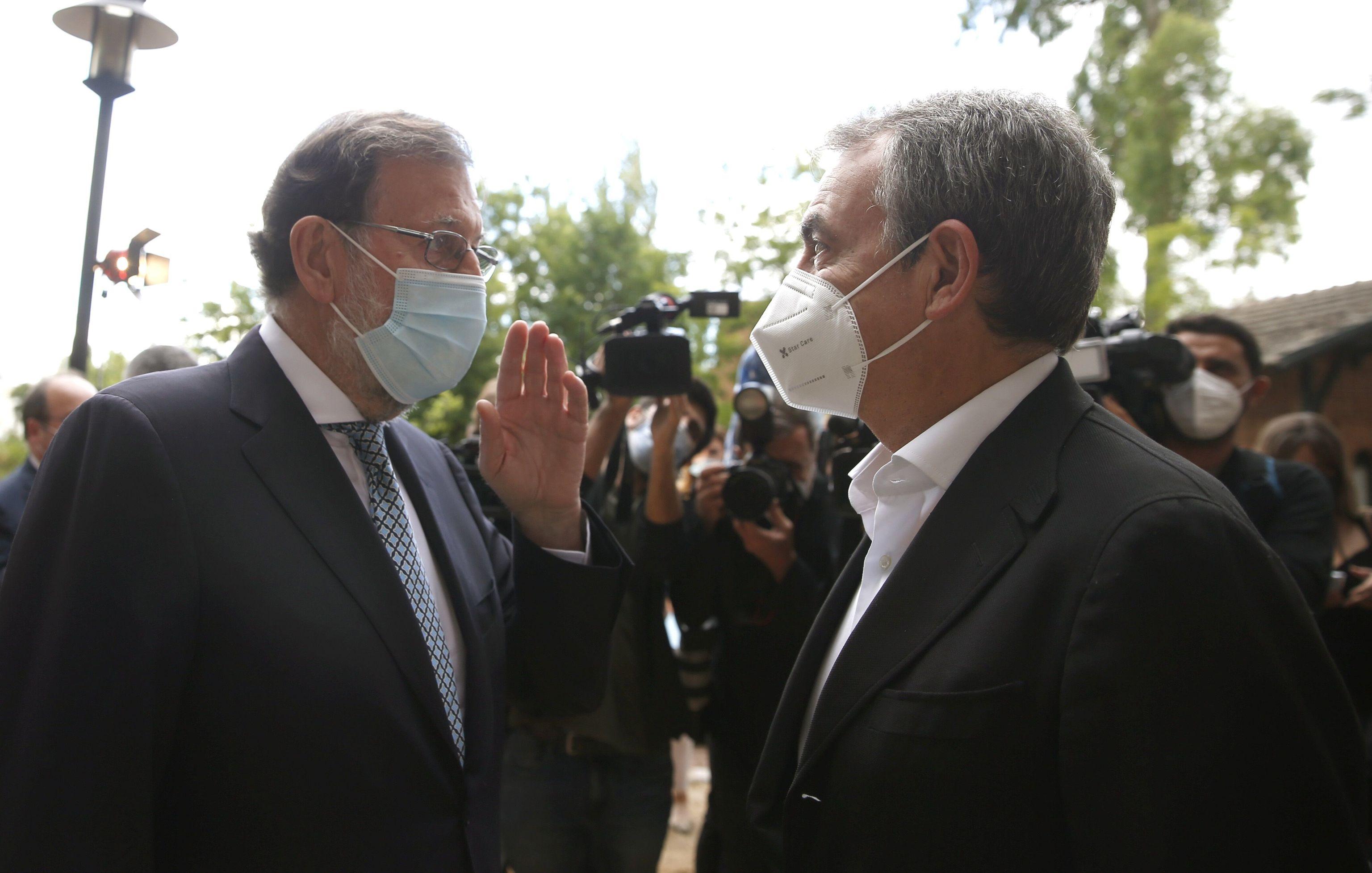 Los ex presidentes Mariano Rajoy y José Luis Rodríguez Zapatero.
