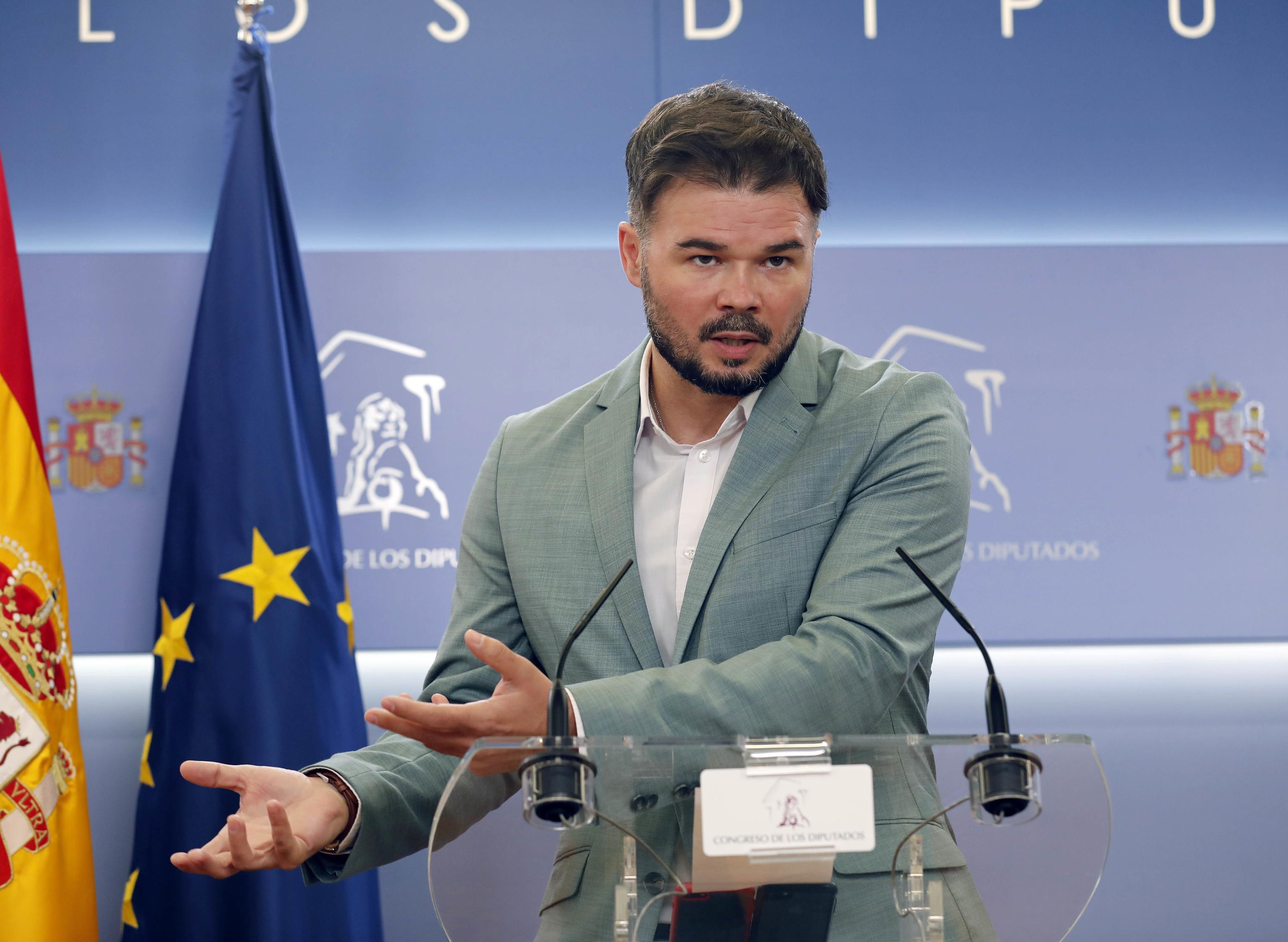 Gabrel Rufián en una rueda de prensa