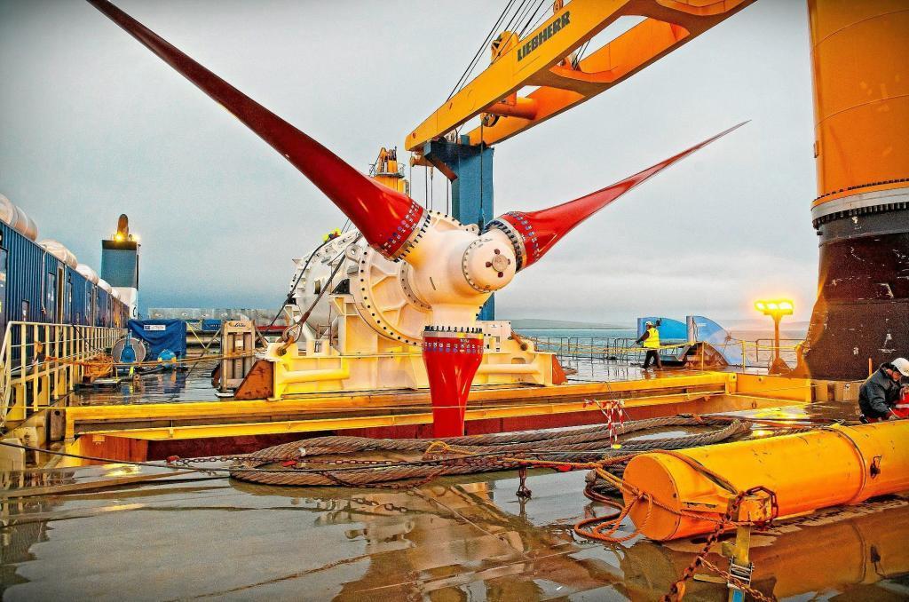 Instalación de una turbina de energía eólica marina en aguas escocesas