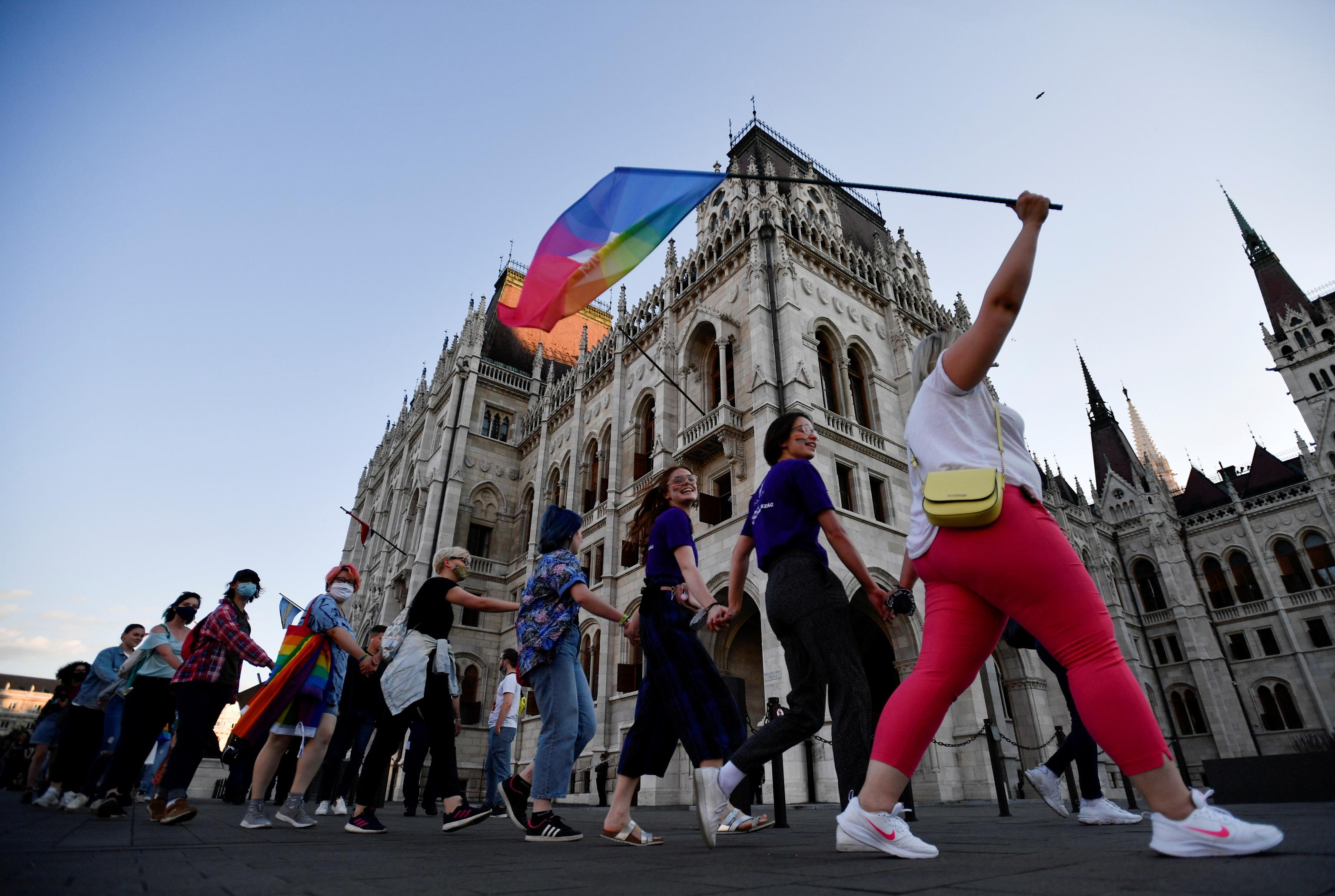 Manifestación contra el proyecto de ley de Orban, en Budapest.