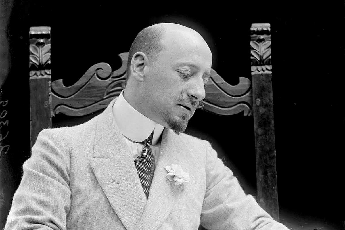 Gabriele D'Annunzio (1863-1938).