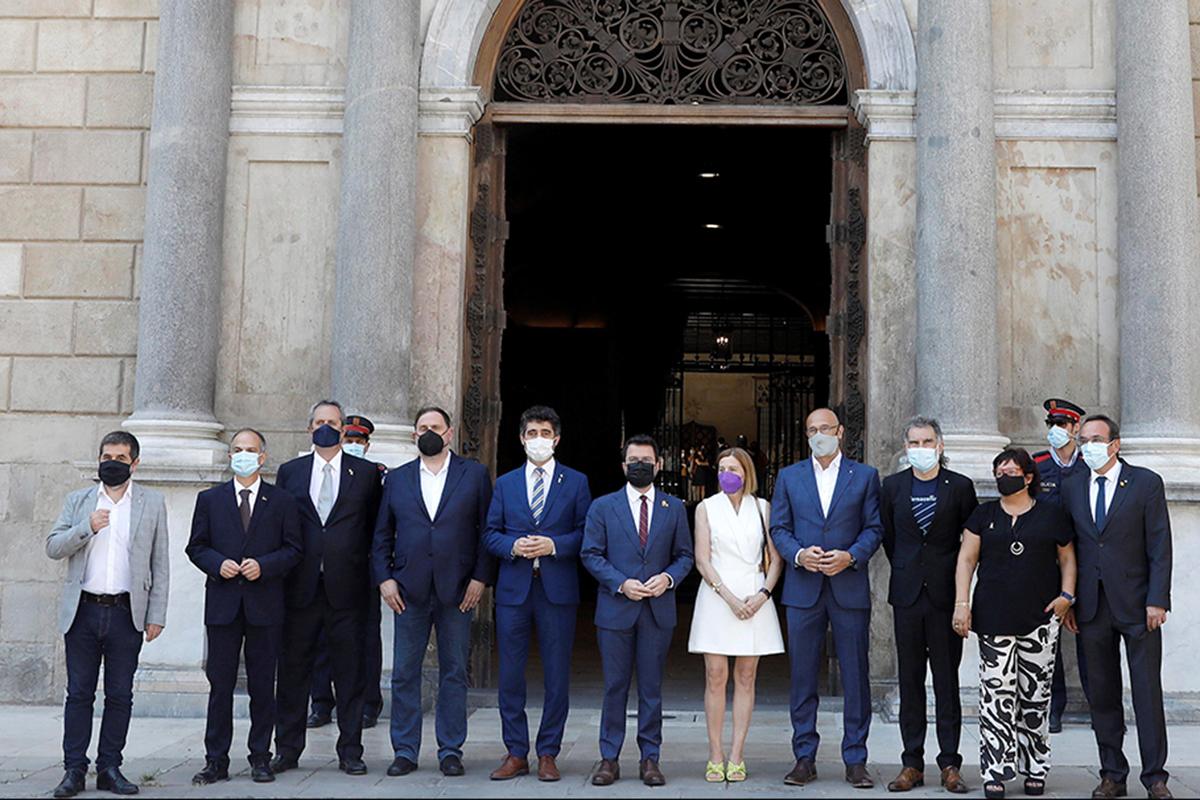 Los indultados del 'procés' con Pere Aragonès.