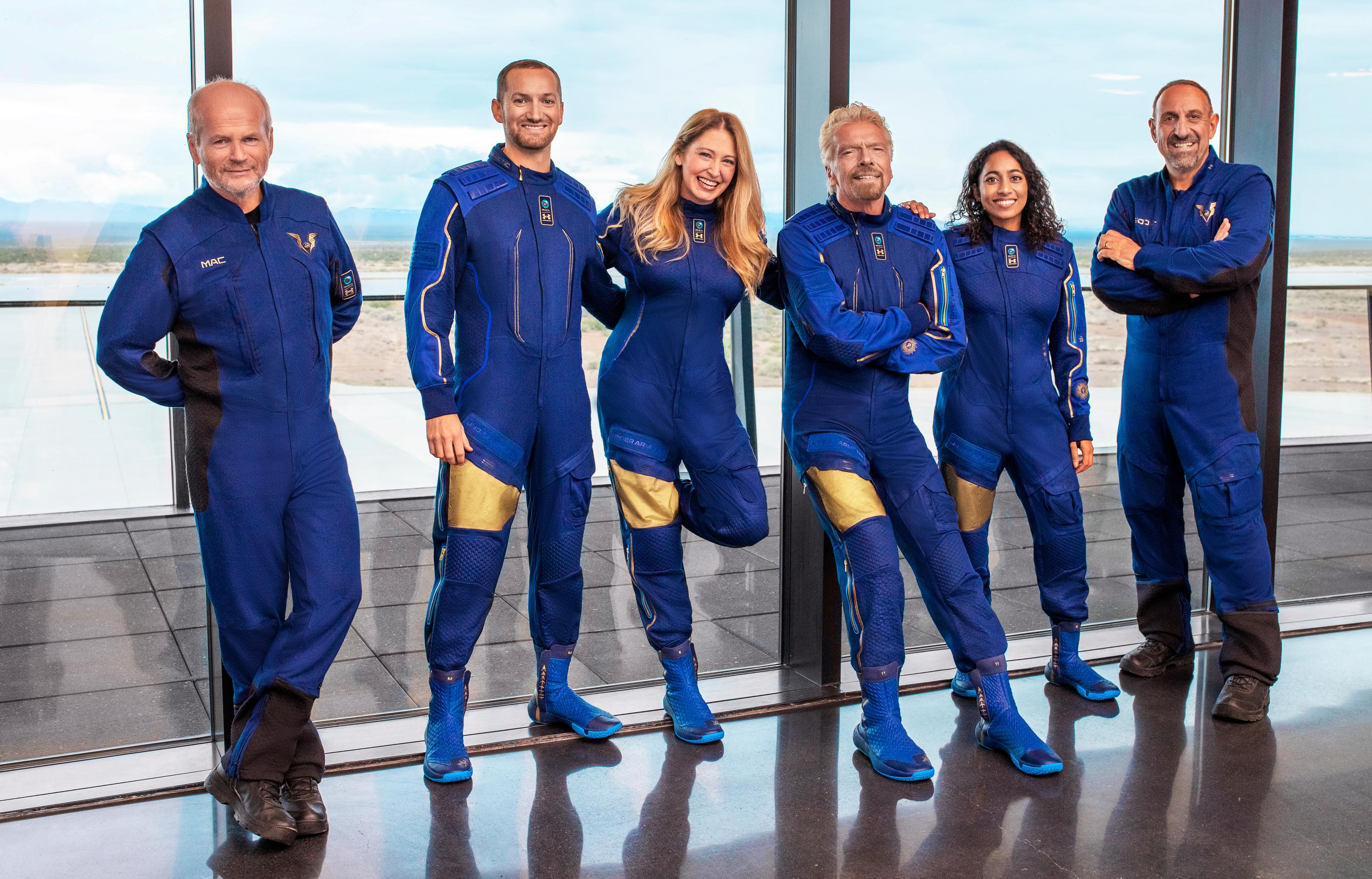 Guerra de millonarios por estrenar primero su nave espacial: Richard Branson se adelanta a Jeff Bezos y volará al espacio el 11 de julio