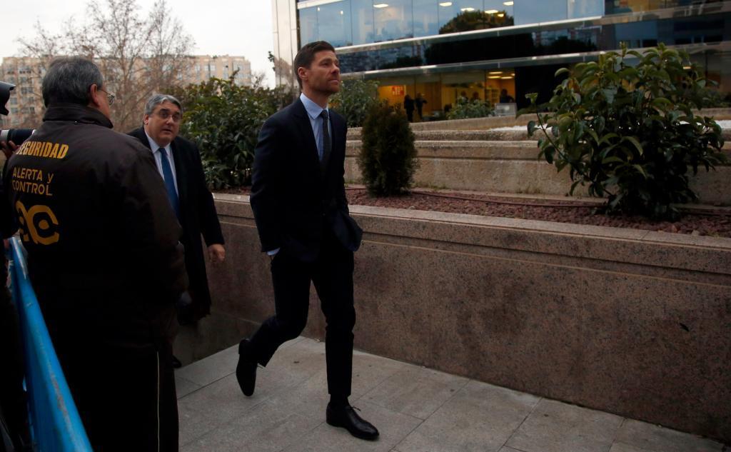 Xabi Alonso, a su salida de la Audiencia Provincial, en 2019
