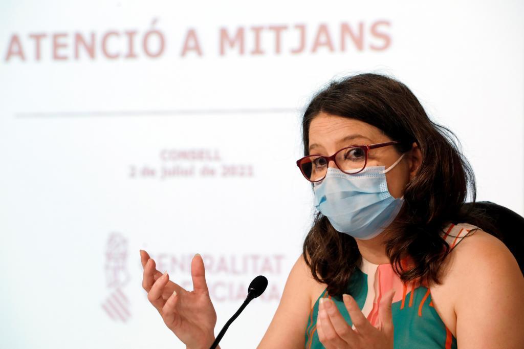 La vicepresidenta del Consell, Mónica Oltra, en la rueda de prensa tras el pleno.