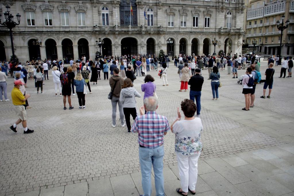 Concentración en la plaza de María Pita de A Coruña en repulsa por el asesinato de Samuel.