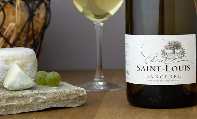 Sancerre es popular por sus vinos y sus quesos.
