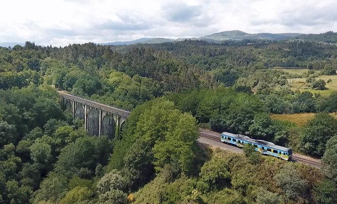 Los trenes turísticos gallegos estarán disponibles hasta octubre.