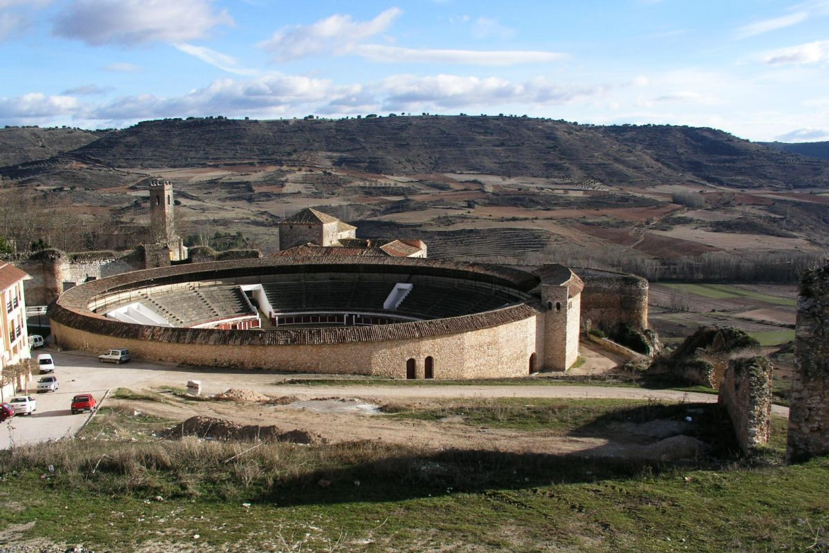 Plaza de toros de Brihuega.
