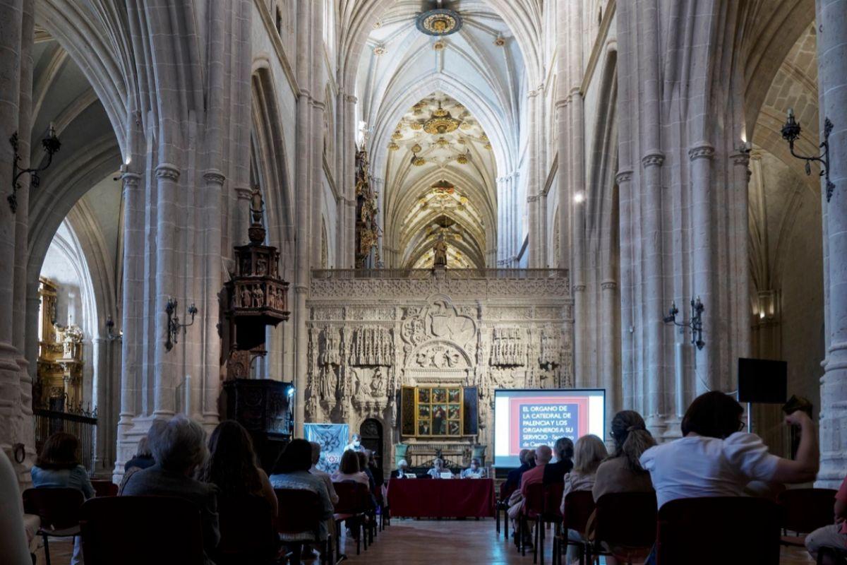 Interior de la Catedral de Palencia.
