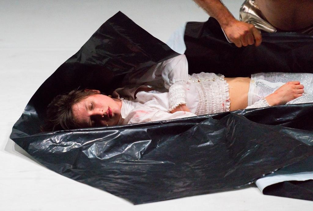 La muerte es el destino de la mayoría de heroínas trágicas de Shakespeare.