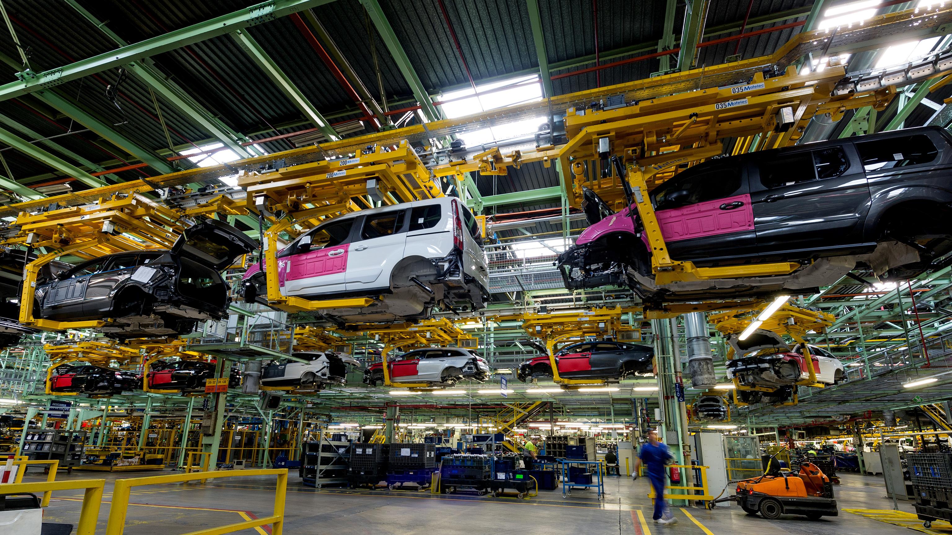 Ford fabrica vehículos electrificados en Valencia