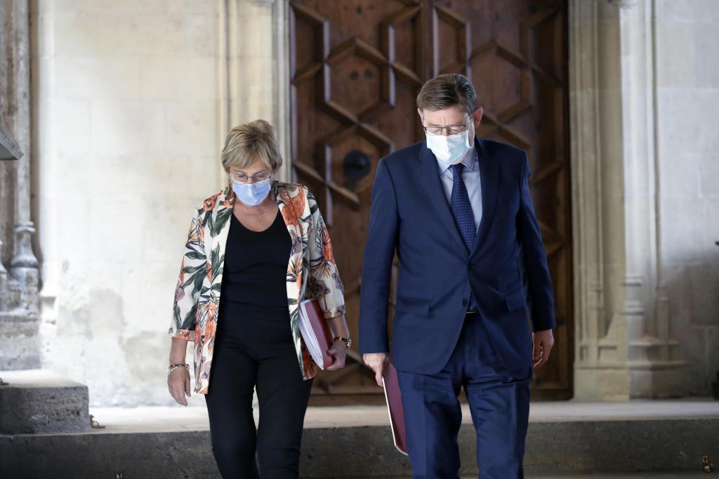La consellera de Sanidad, Ana Barceló, y el presidente Ximo Puig, este jueves.