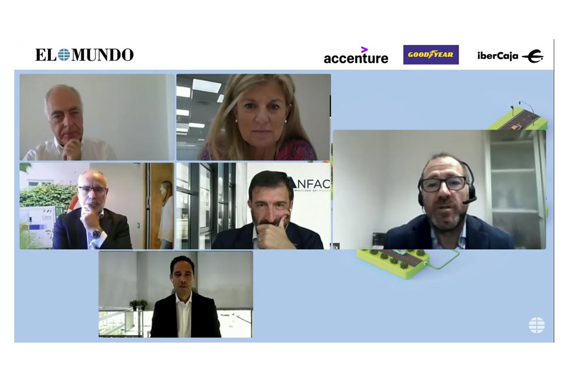 De arriba abajo y de izquierda a derecha: Navarro (Ibercaja), Blazquez (Faconauto), García (Unidad Editorial), Navarro (Seur), López-Tafall (Anfac) y Recio (Goodyear)