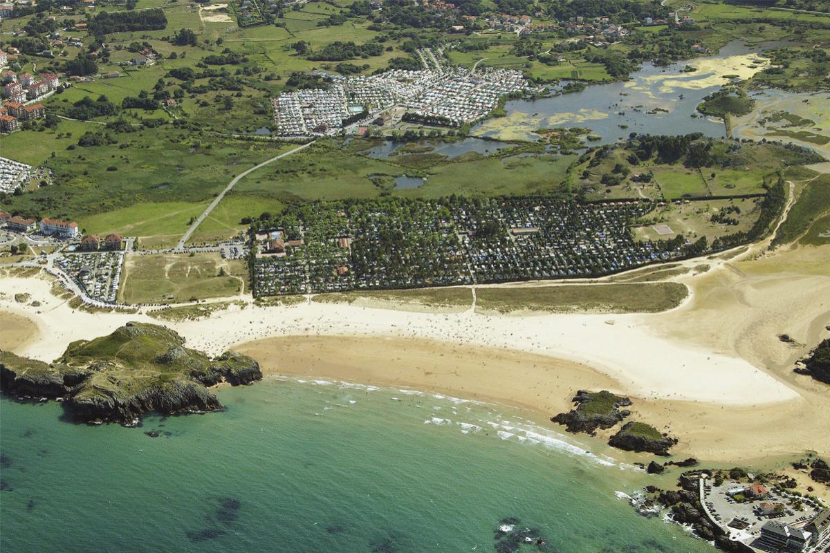 Camping Playa Joyel, en Cantabria.