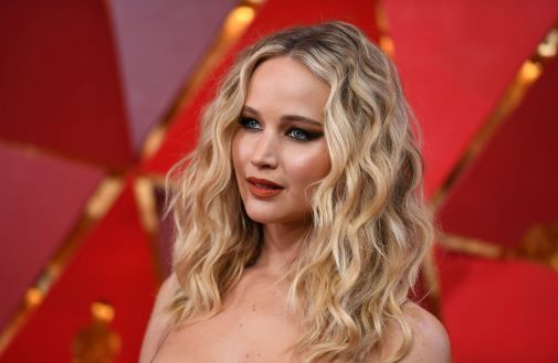 Jennifer Lawrence, corte de pelo a capas