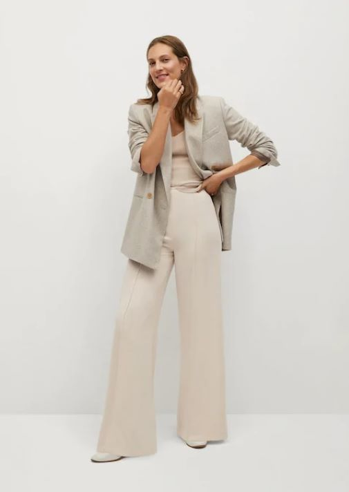 Pantalón ancho de mujer de Mango con efecto pierna infinita para parecer más alta