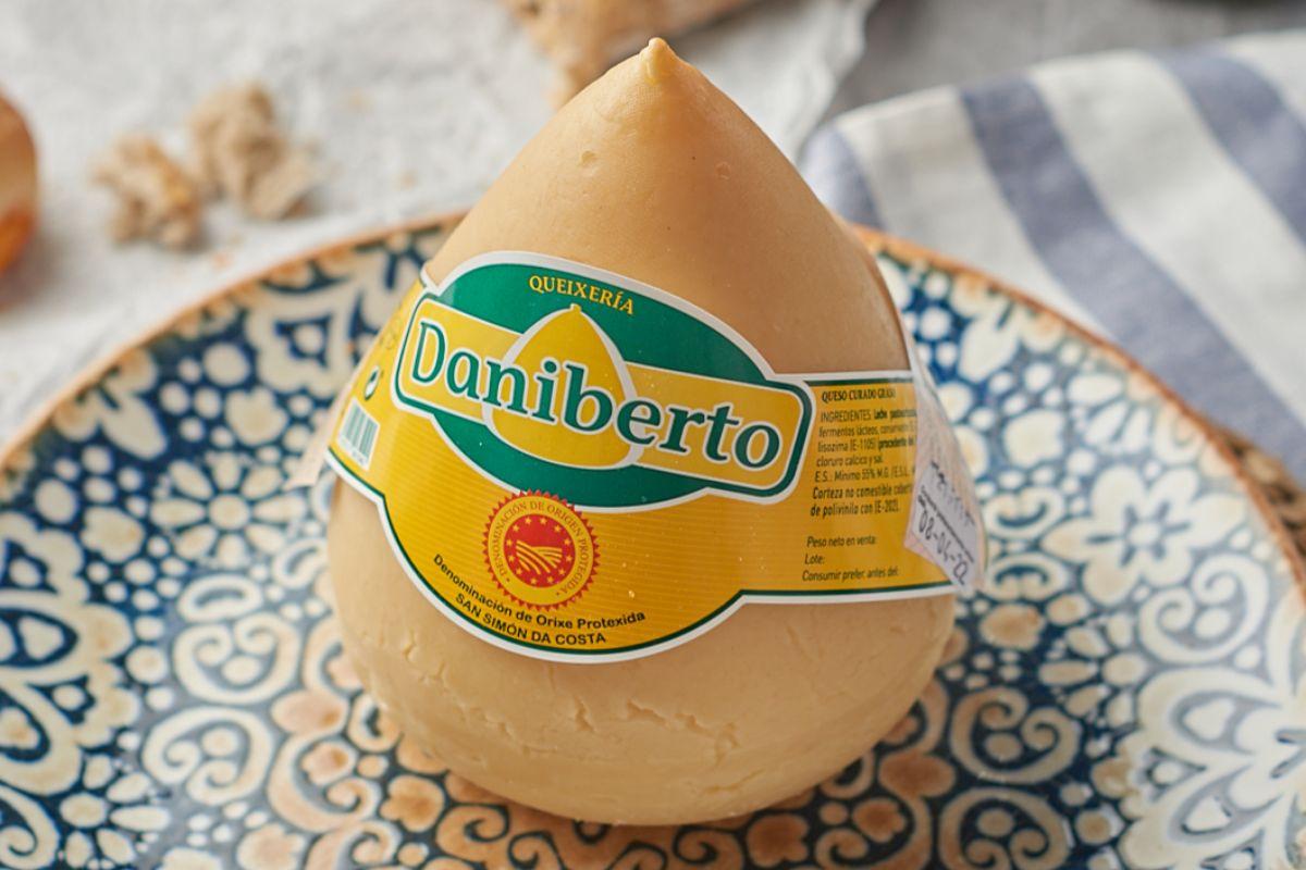 Venden también productos artesanos de pequeños productores gallegos.