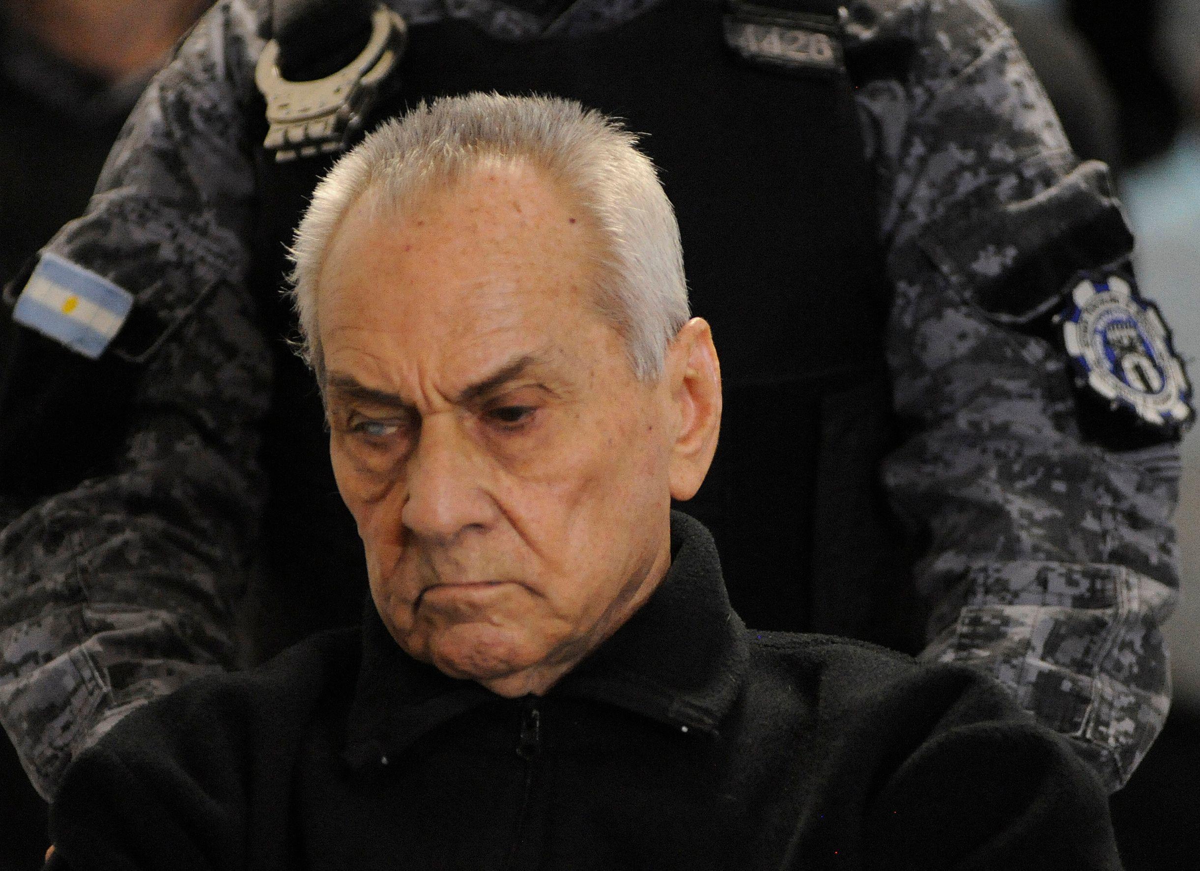 تصویری از نیکولاس کورادی ، کشیشی که درگذشت و به جرم سو abuse استفاده محکوم شد.