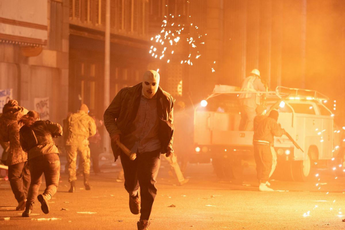 La violencia aparece en 'La Purga: Infinita'.