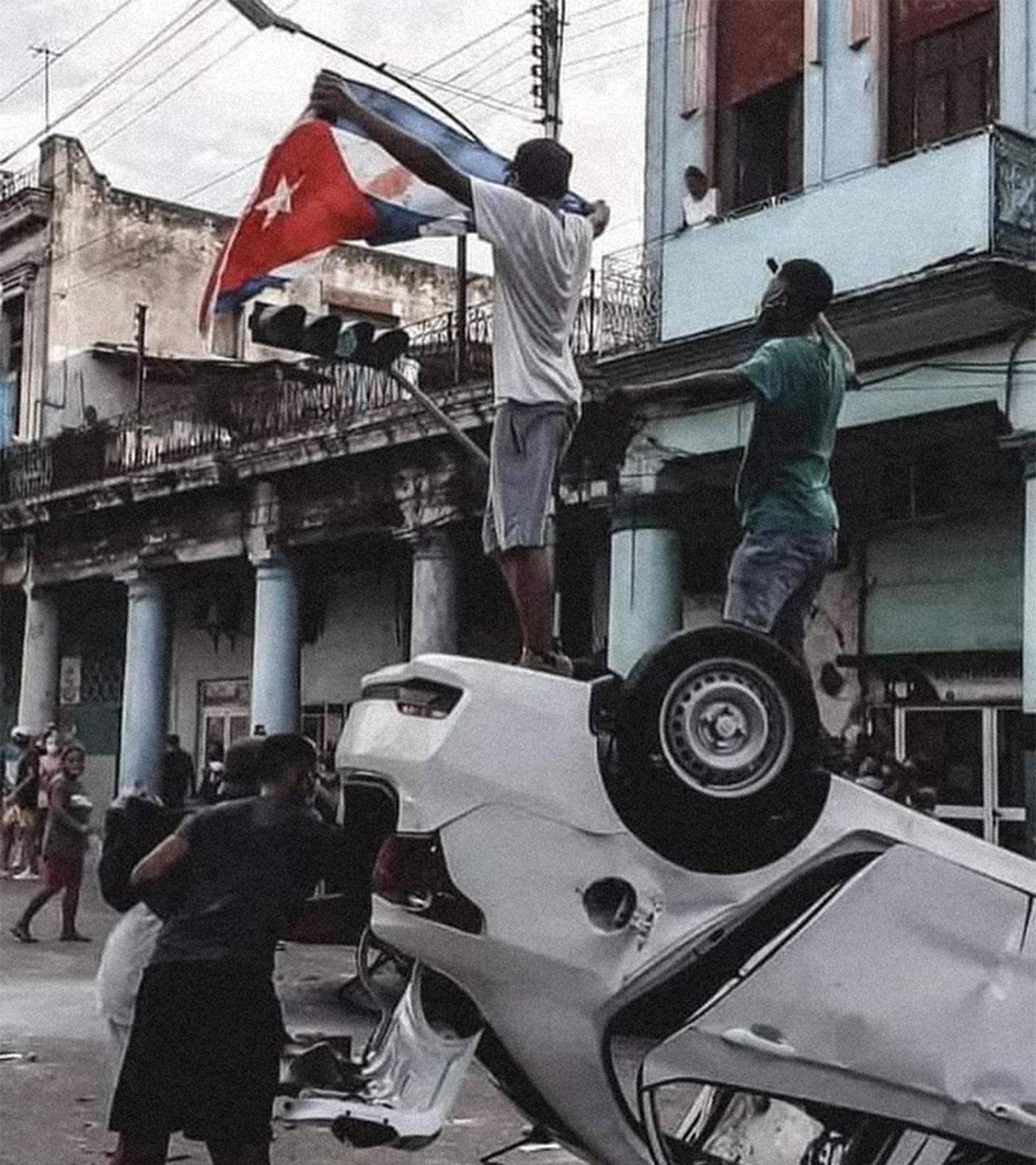 Foto icónica tomada en la esquina de Toyo, La Habana.