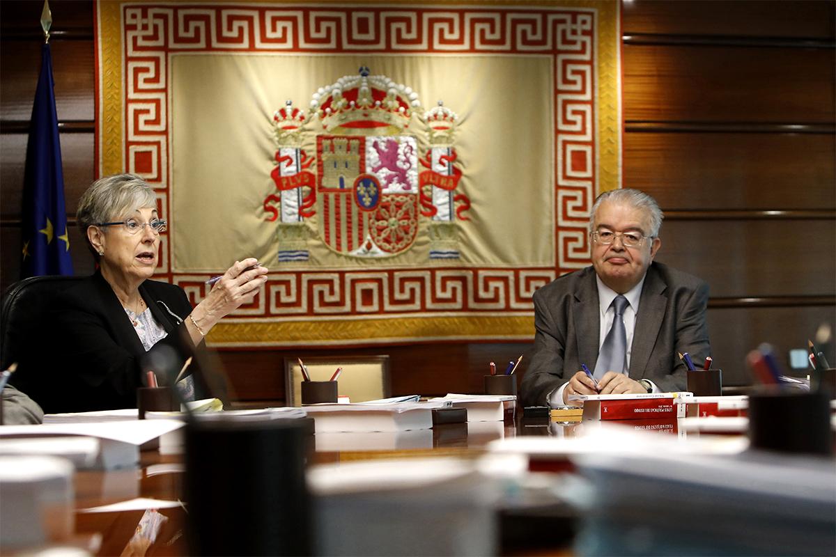 Encarnación Roca y Juan José González Rivas.