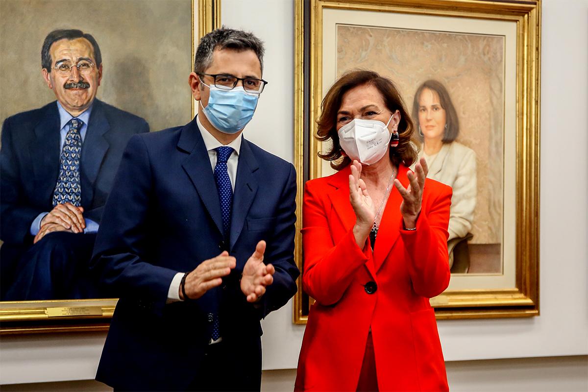 Félix Bolaños y Carme Calvo, en el acto del traspaso de la cartera ministerial.