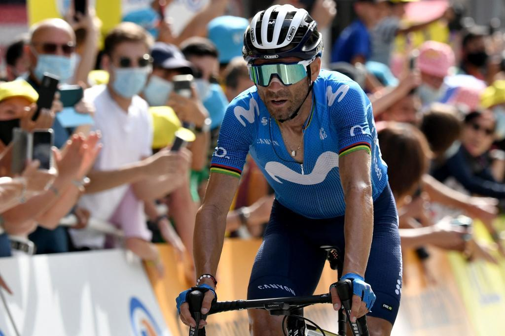 Alejandro Valverde entrando en meta.