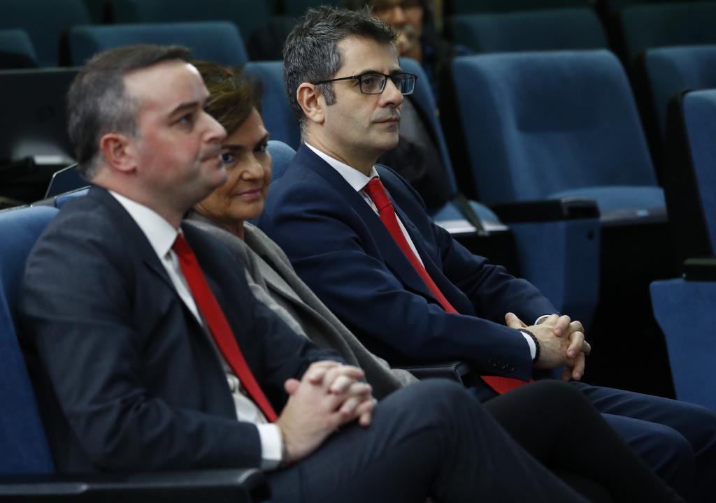 Iván Redondo, Carmen Calvo y Félix Bolaños.