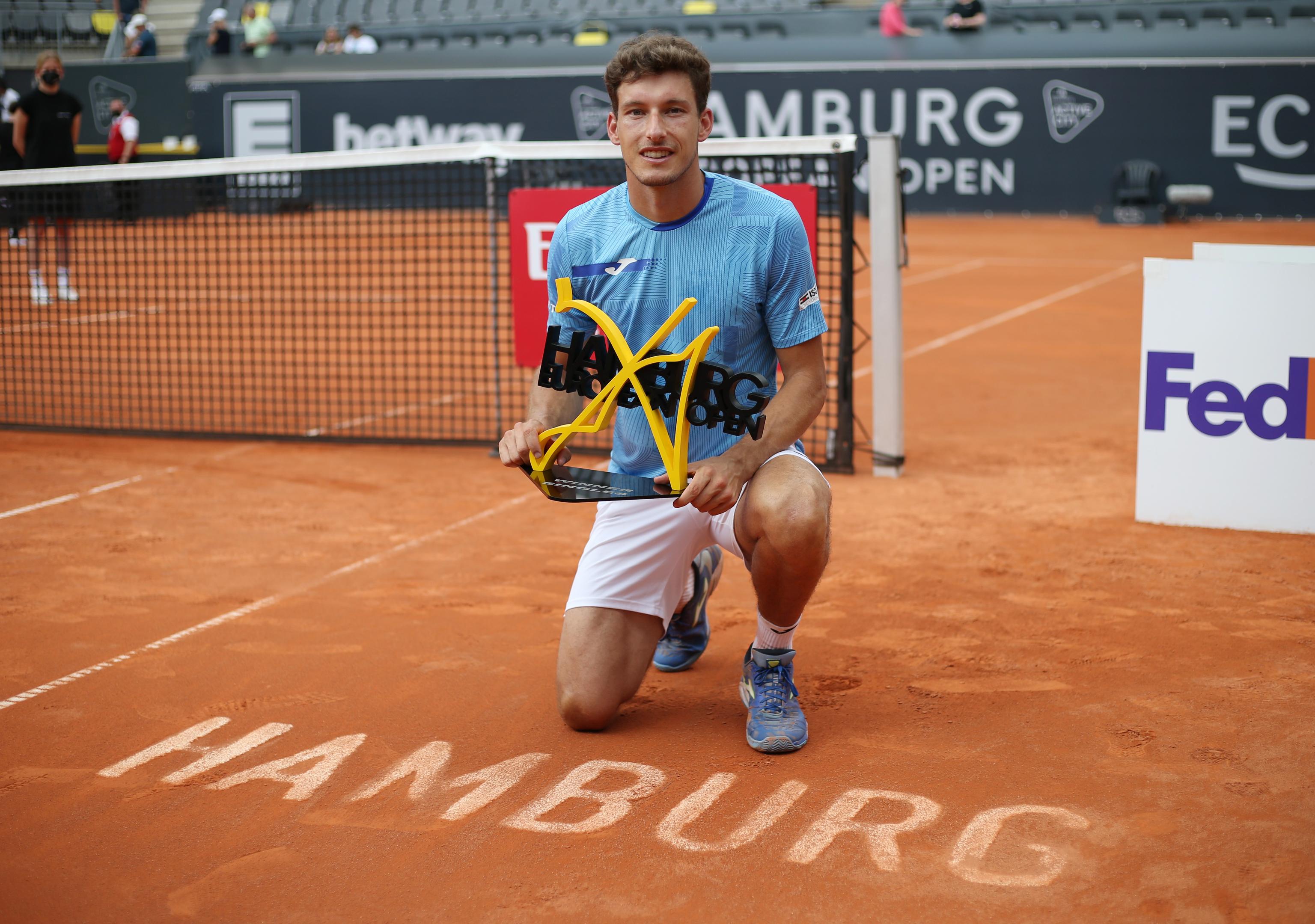 Pablo Carreño, con el trofeo de campeón.