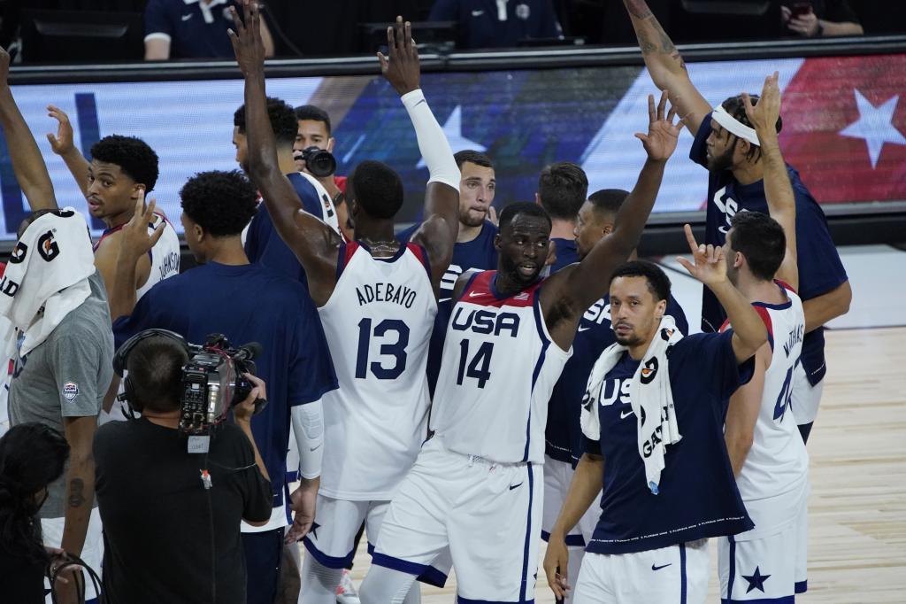 La selección estadounidense celebra el triunfo ante España.