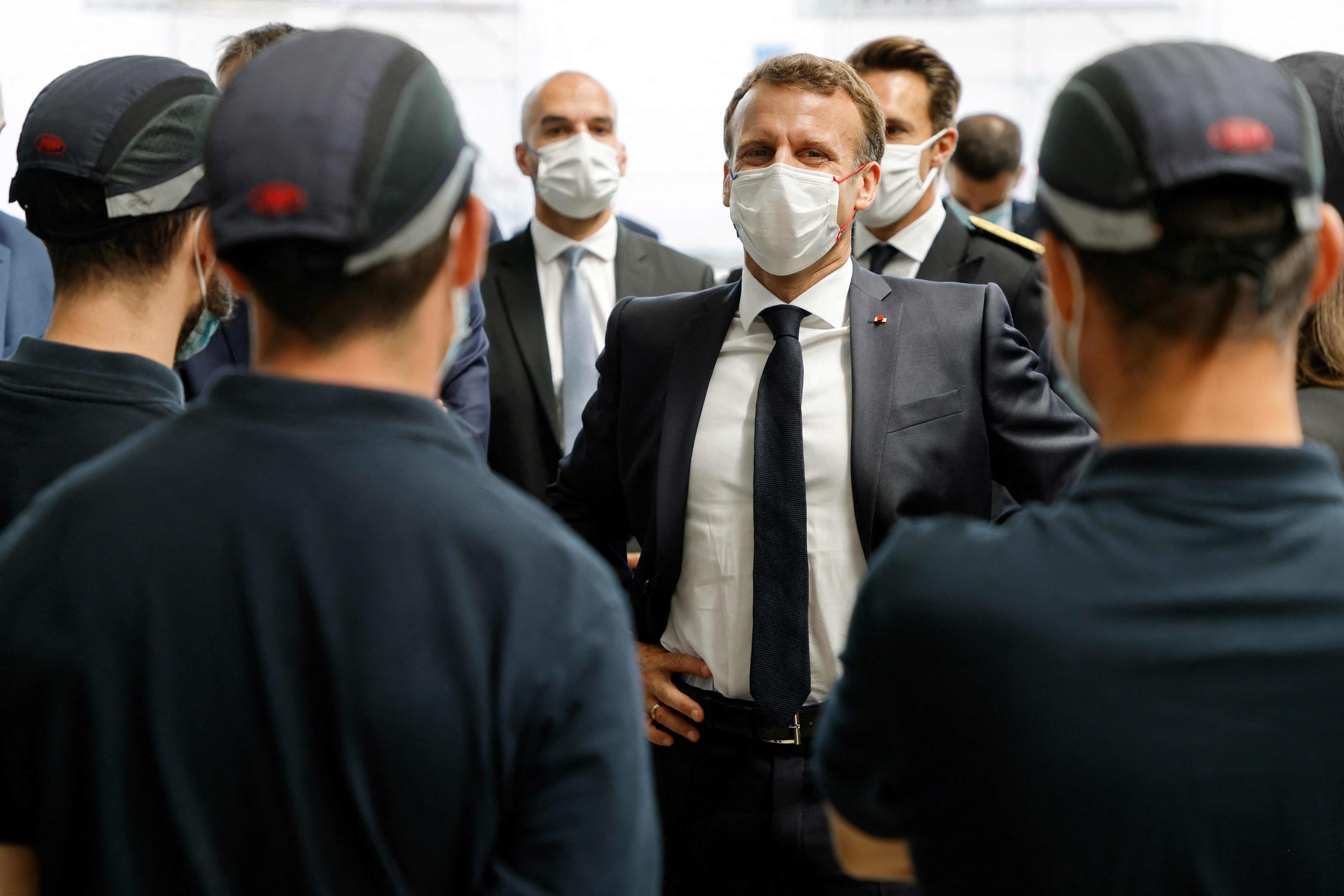 Macron, en una visita reciente a una fábrica.