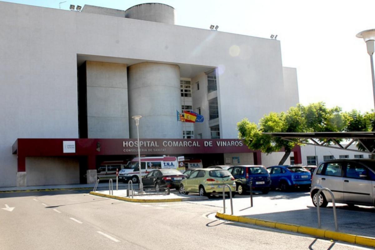 Las enfermeras trabajan en el Hospital Comarcal de Vinaròs.