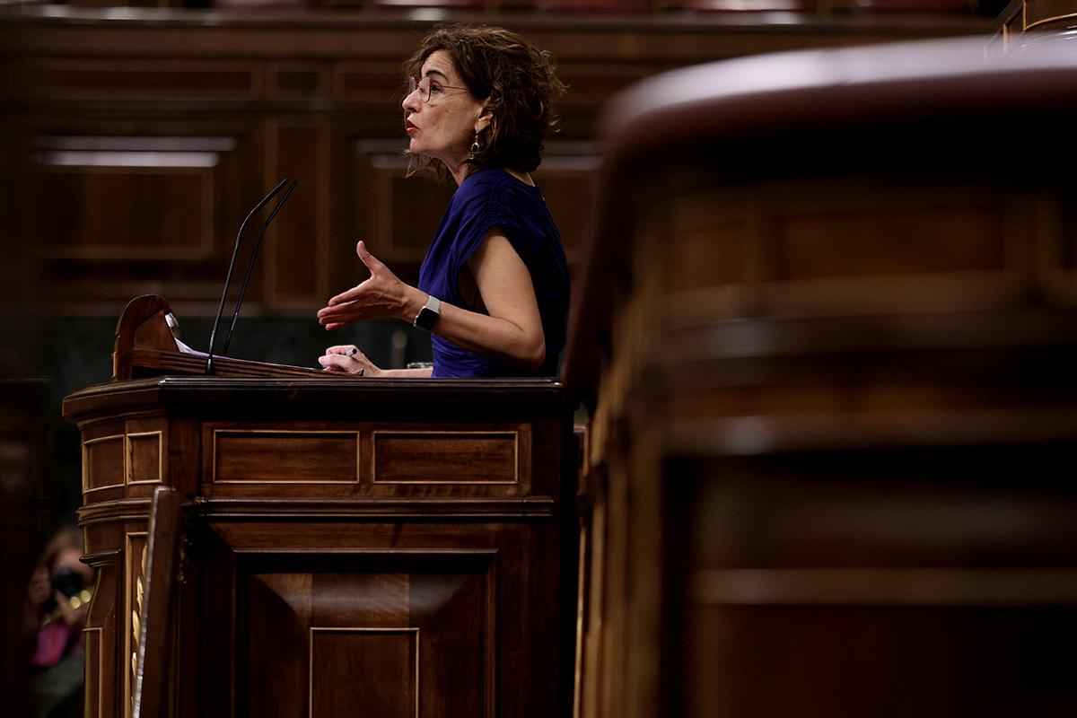 La ministra de Hacienda y Función Pública, María Jesús Montero, ayer en el Congreso.
