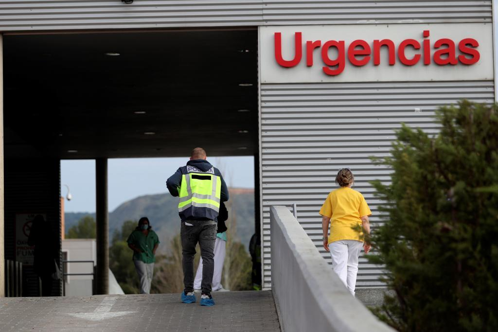 Un trabajador muerto y varios heridos tras una explosión por manipular cloro en las piscinas de Luna (Zaragoza)