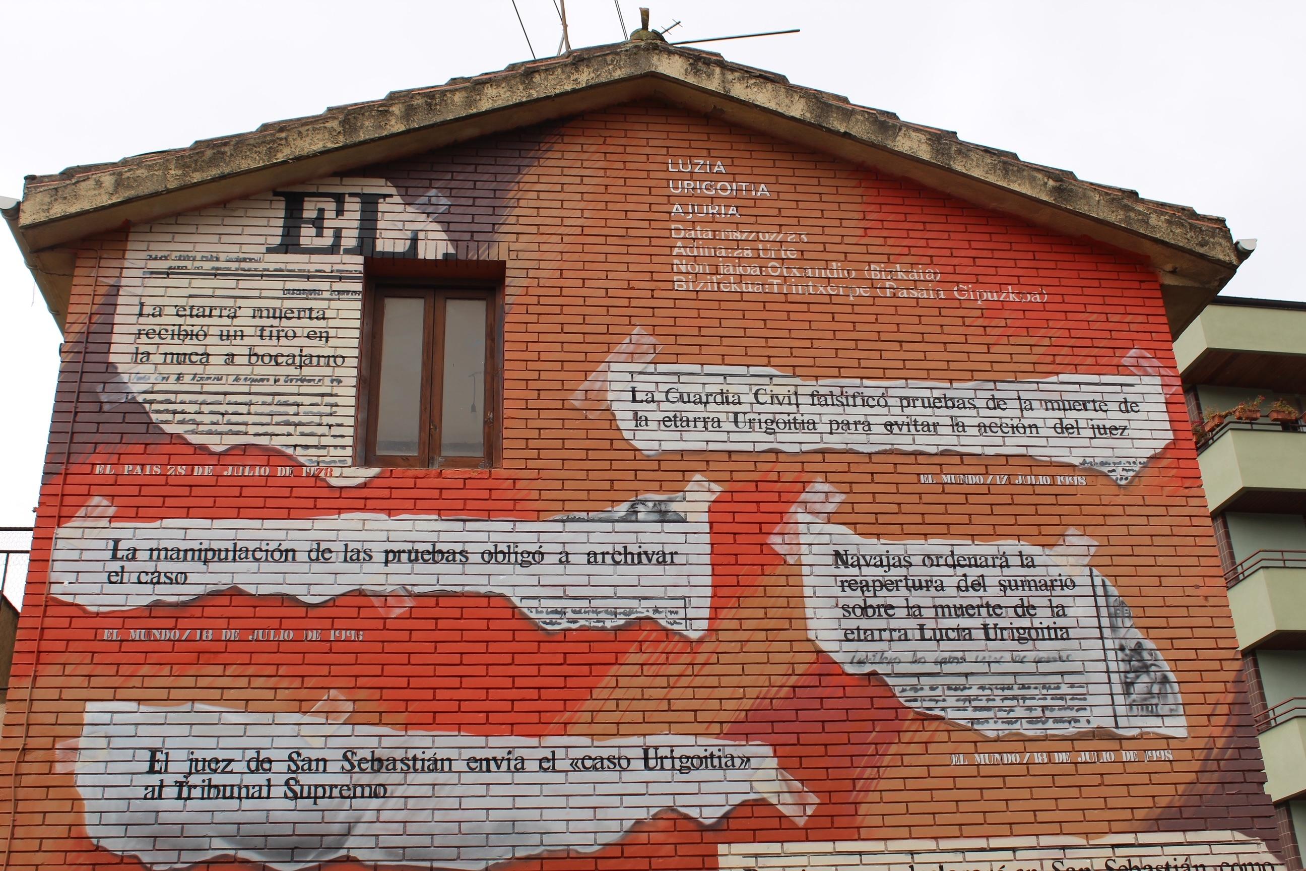 Mural en homenaje a la terrorista Lucía Urigoitia. EL MUNDO