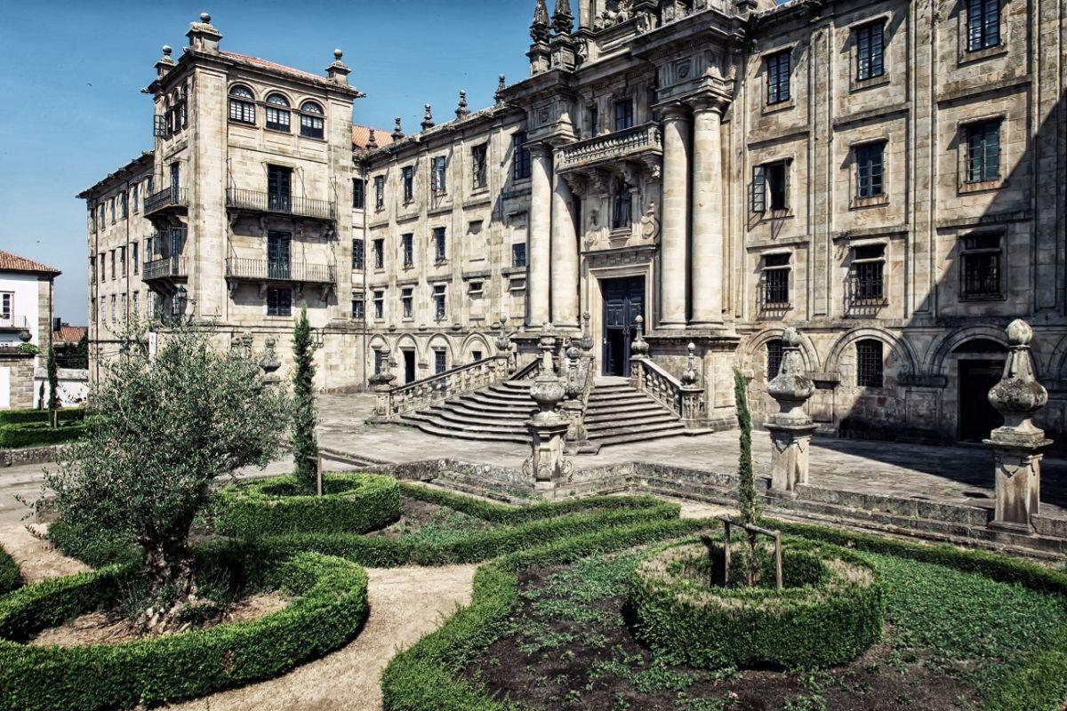 Universidad de Santiago.