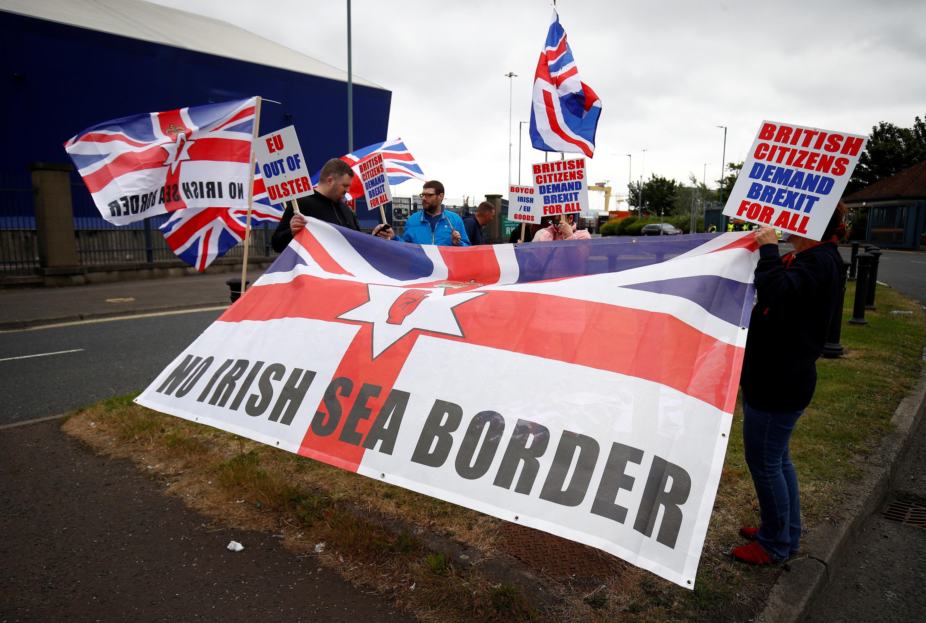 Protesta contra el protocolo de Irlanda del Norte, en Belfast.