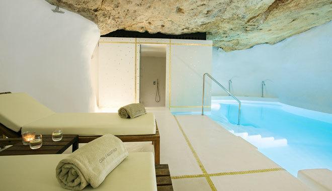 La piscina de este refugio menorquín.