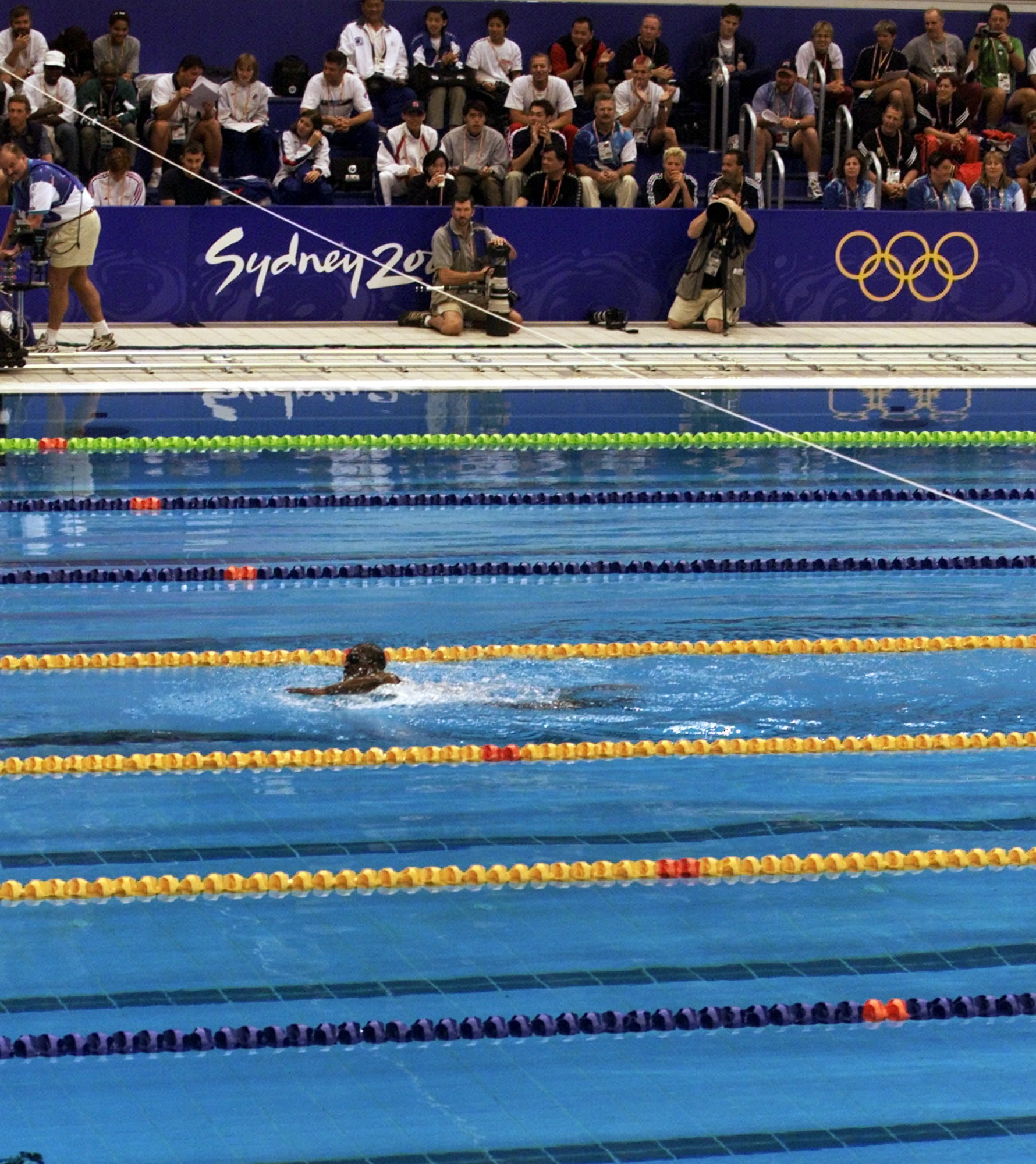 Moussambani, nadando solo en Sidney 2000.