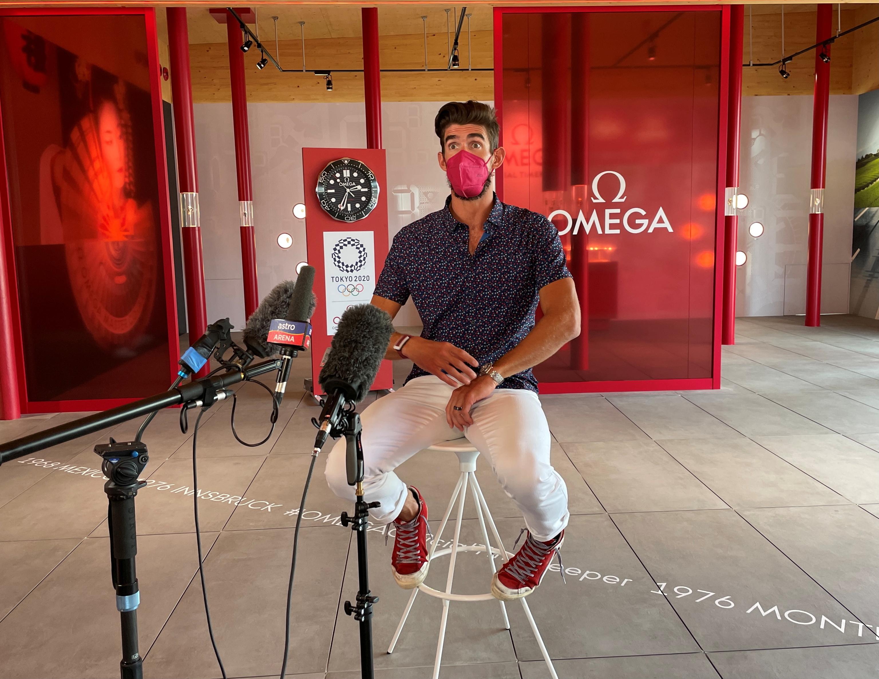Michael Phelps, durante el encuentro en Tokio.