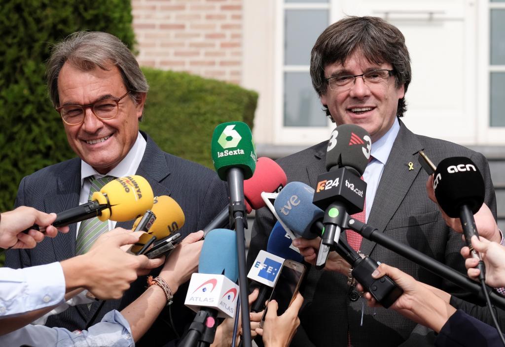 Artur Mas y Carles Puigdemont, durante un encuentro en Waterloo (Bélgica) en 2018.